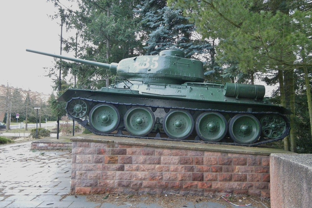T-34/85 Tank New Brandenburg Prison