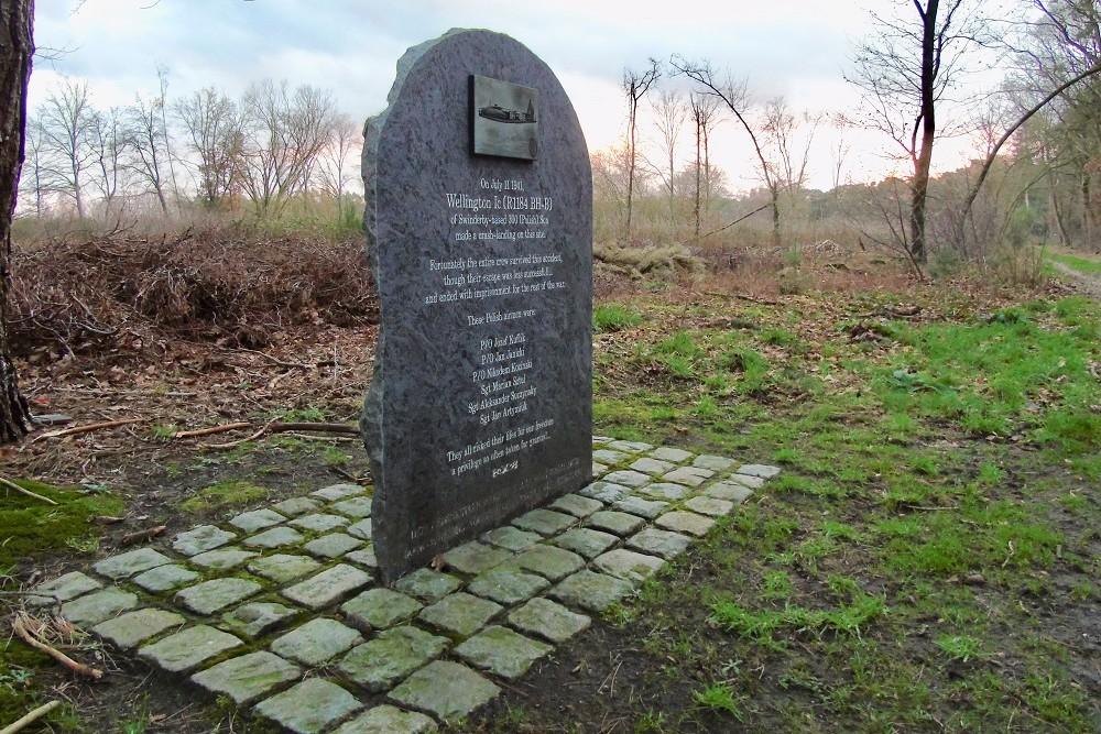 Memorial Crash-Landing 11-07-1941 Oud-Turnhout
