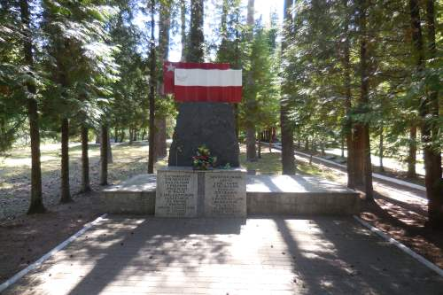 Pools-Sovjet Oorlogsbegraafplaats Borne Sulinowo