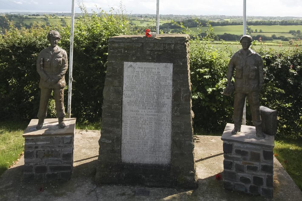 Monument Horsa RJ113