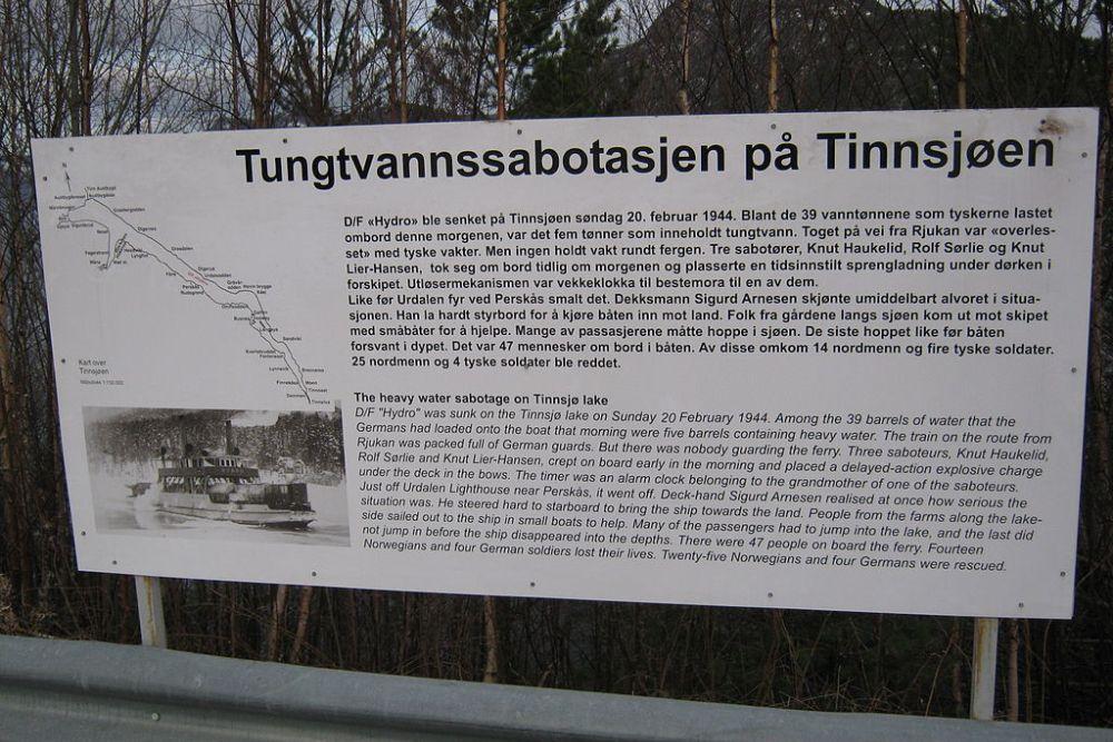Informatiebord Aanslag DF Hydro op Tinnsjøen