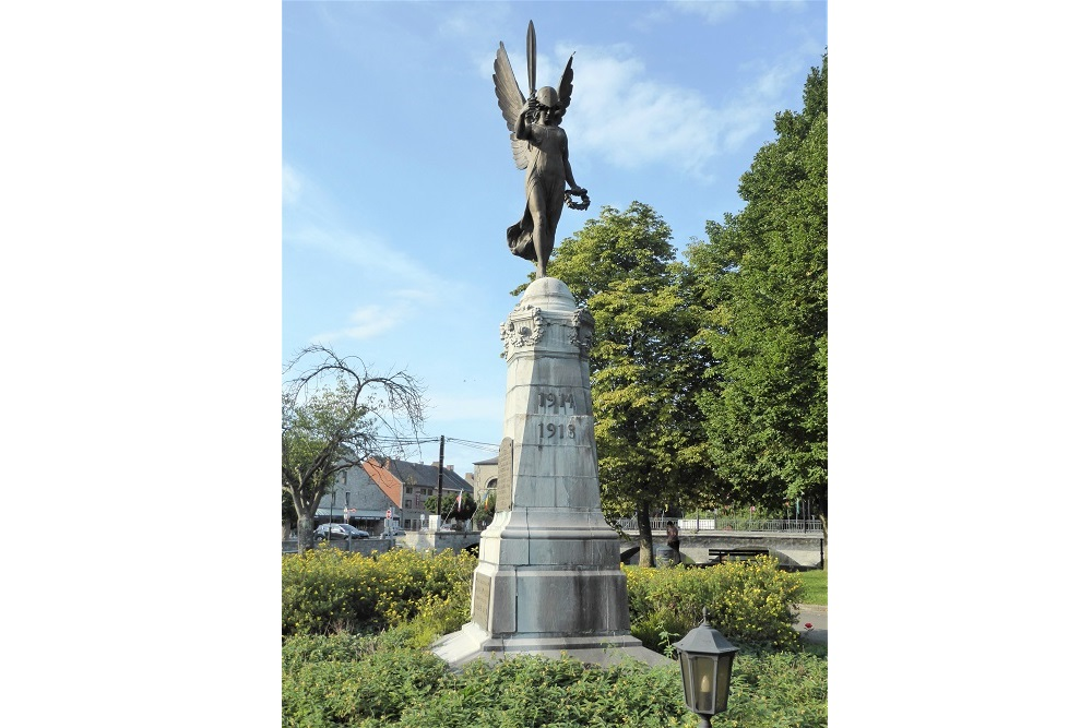 War Memorial Nismes