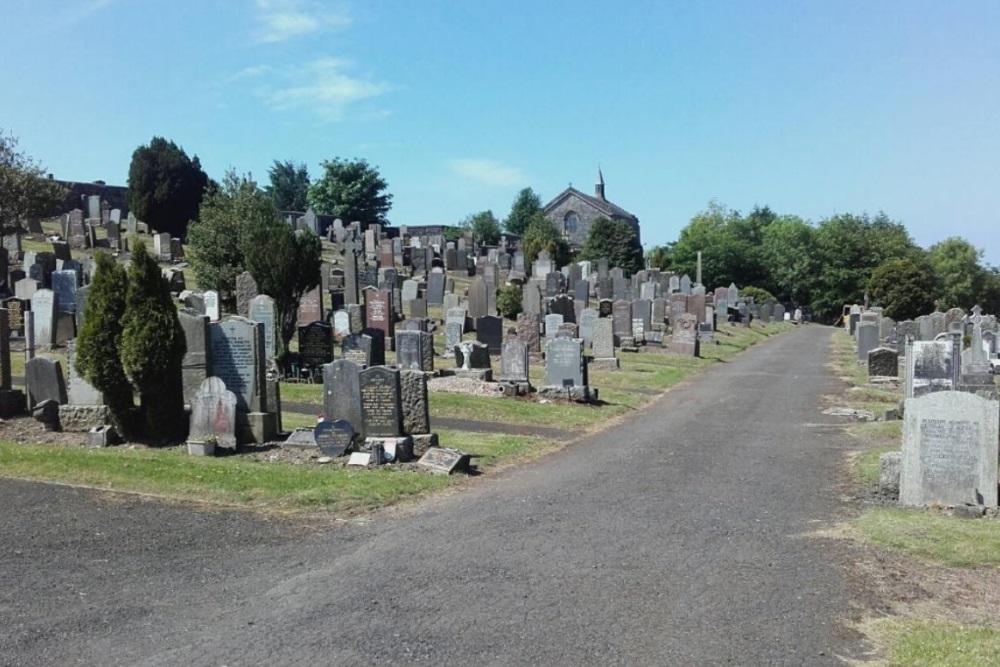 Commonwealth War Graves Kirk of Shotts Cemetery