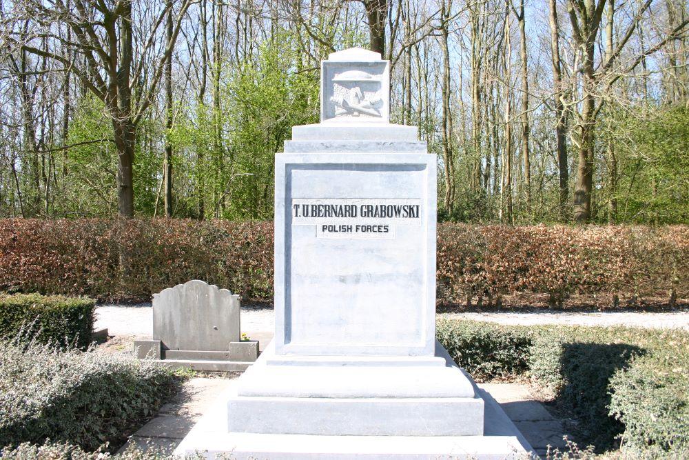 Pools Oorlogsgraf Gemeentelijke Begraafplaats