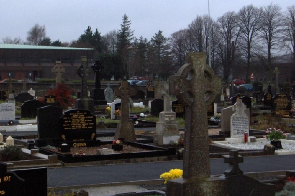 Oorlogsgraven van het Gemenebest St. Mary Roman Catholic Churchyard