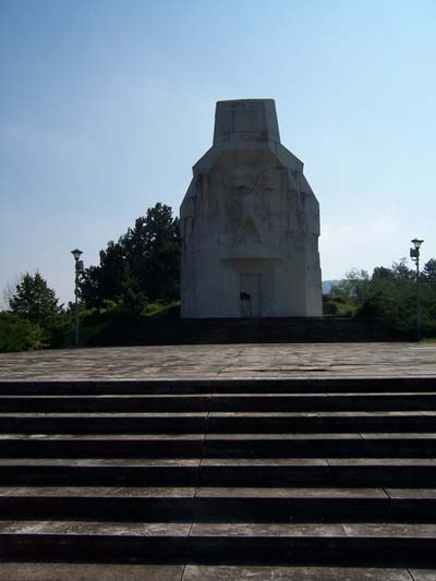 Monument Nationale Bevrijdingsoorlog Banj Brdo