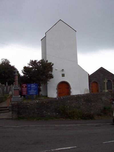Oorlogsgraven van het Gemenebest St Illtyd Churchyard