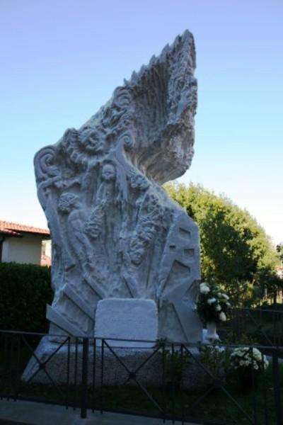 Memorial Bergiola Massacre