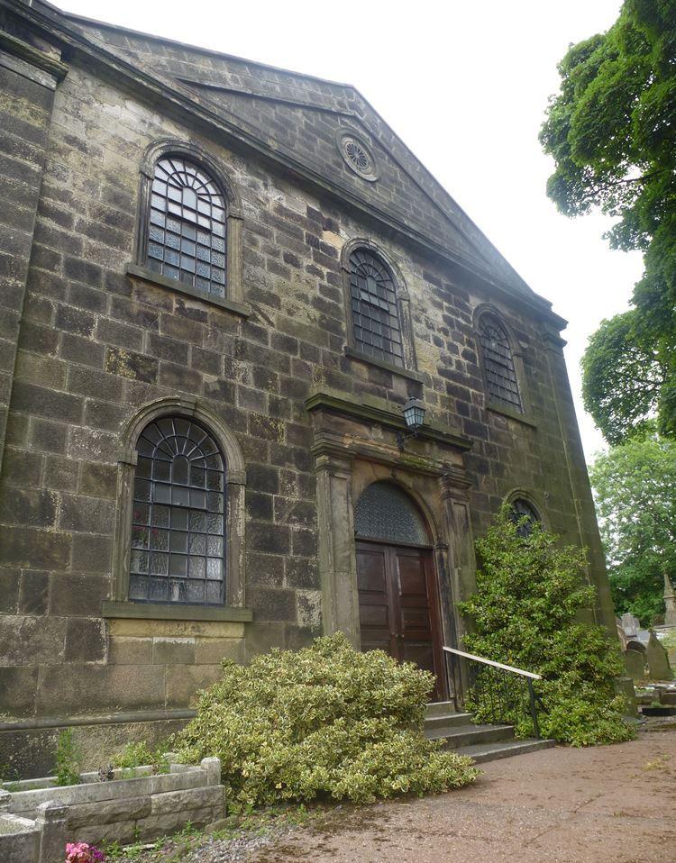 Commonwealth War Graves Ruiton Congregational Chapelyard