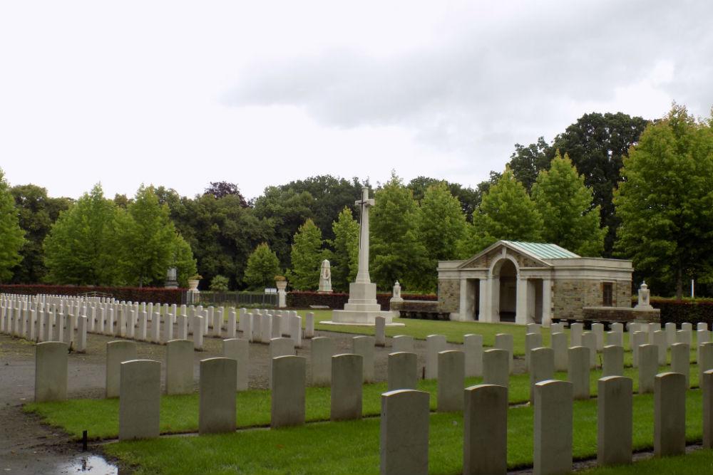 Oorlogsgraven van het Gemenebest Schoonselhof