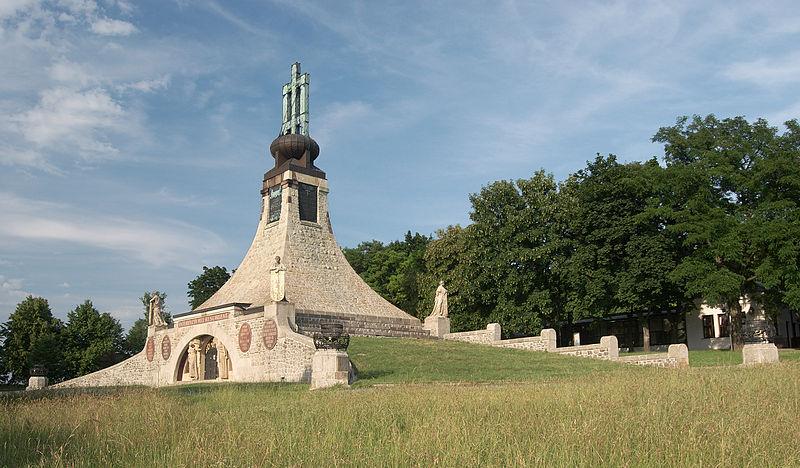Vredesmonument Austerlitz