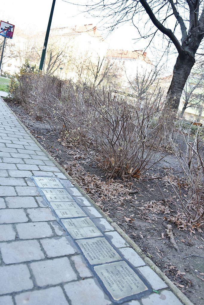 Gedenkstenen Belgradplatz