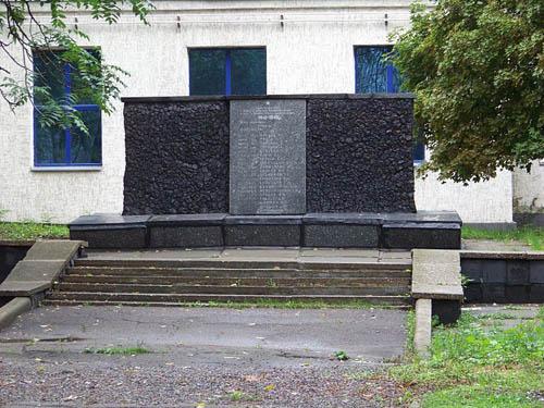 Mass Grave Soviet Soldiers & Prisoners of War