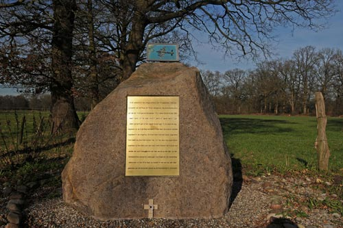 Monument Neergestorte Lancaster Den Ham