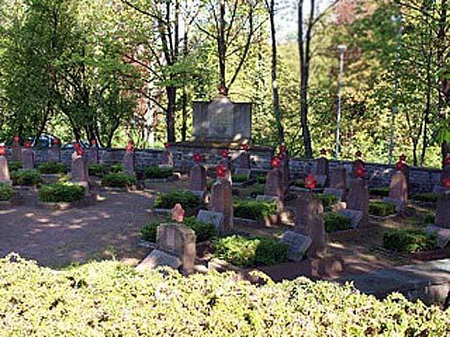 Sovjet Oorlogsbegraafplaats Friedensstraße