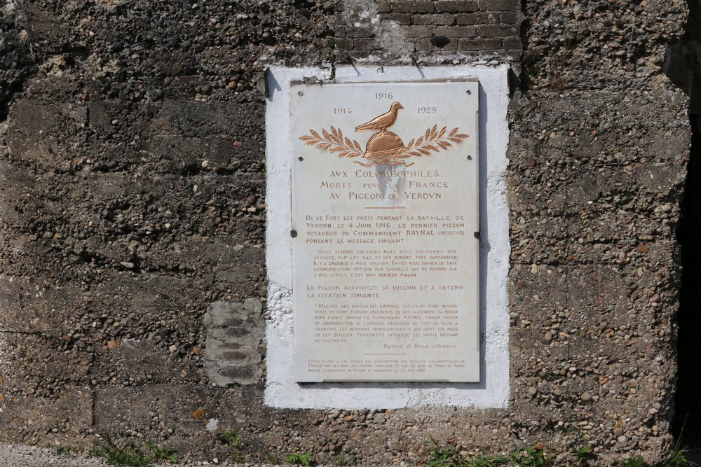 Memorial Pidgeons Fort Vaux