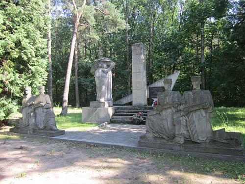 Sovjet Oorlogsbegraafplaats Białystok