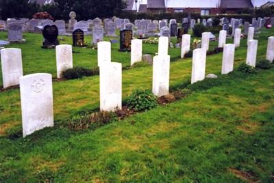 Commonwealth War Graves St. Columb Major Cemetery