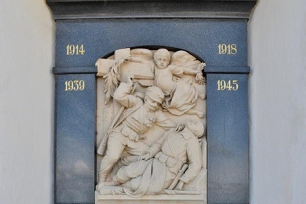 Monument Voor De Gevallenen Soldaten In WO I En WO II Möggers
