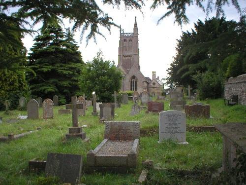 Oorlogsgraven van het Gemenebest St John the Baptist Churchyard