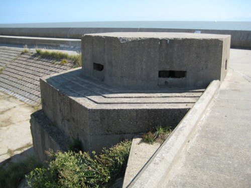Pillbox FW3/22 Frinton-on-Sea