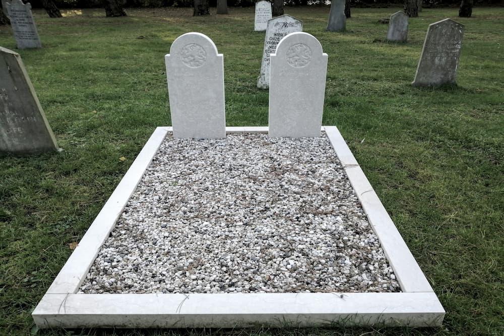 Dutch War Graves General Cemetery Ouddorp