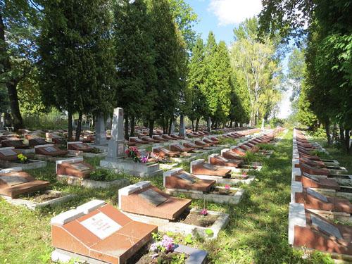 Sovjet Oorlogsgraven Sambir