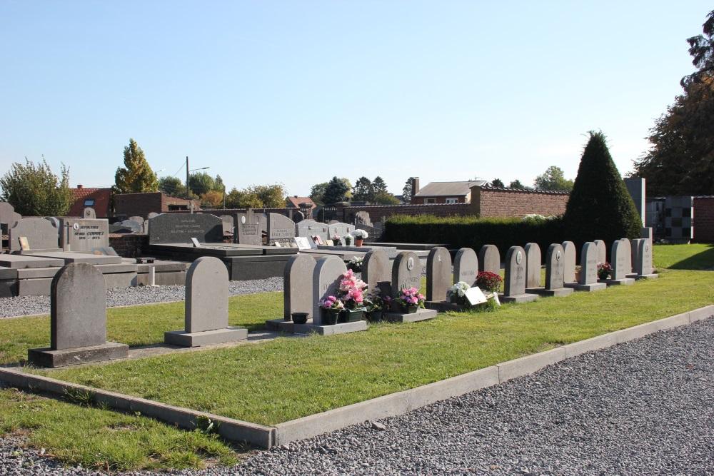 Veteran and War Victims Graves Neufvilles