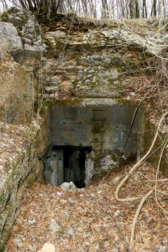 Alpenmuur - Ondergrondse Bunker Studena (C)