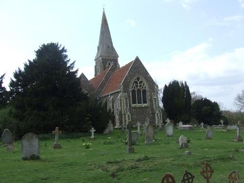 Oorlogsgraven van het Gemenebest St Peter Churchyard