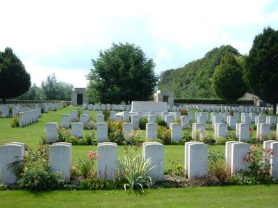 Oorlogsgraven van het Gemenebest Tournai Extension