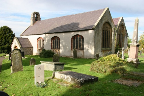 Commonwealth War Graves St. Cynhafel Churchyard