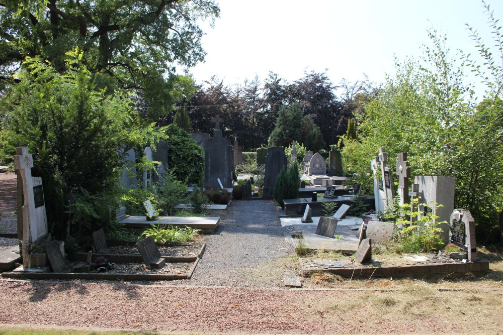 Veteran War Graves Beveren