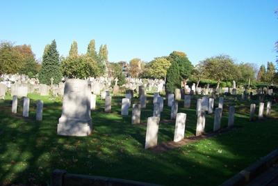 Oorlogsgraven van het Gemenebest  Earlsfield Cemetery
