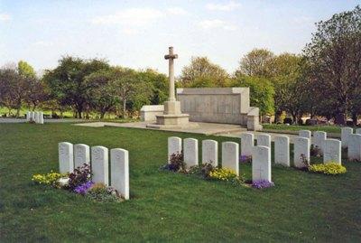 Commonwealth War Graves Harehills Cemetery