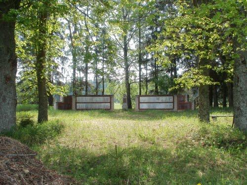 Sovjet Oorlogsbegraafplaats Spalenieki