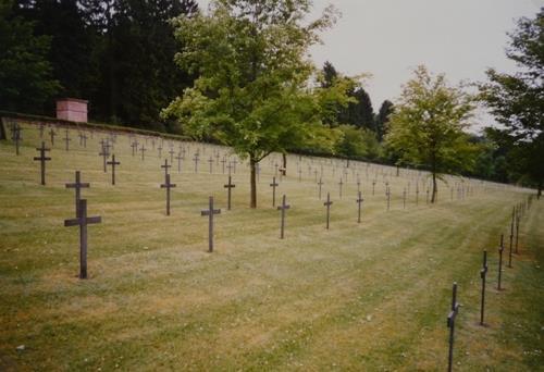Duitse Oorlogsbegraafplaats Troyon