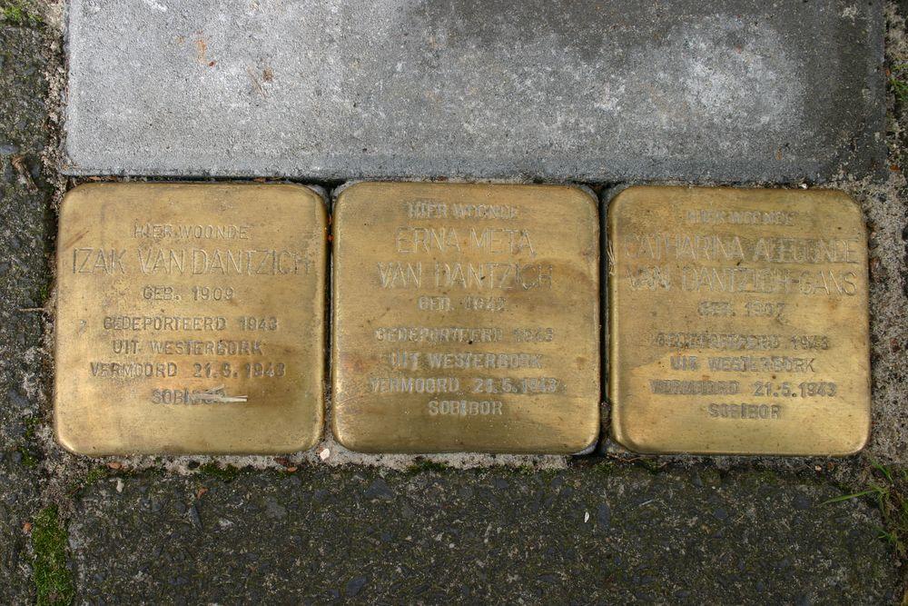 Stolpersteine Wassenberghstraat 9 - 1