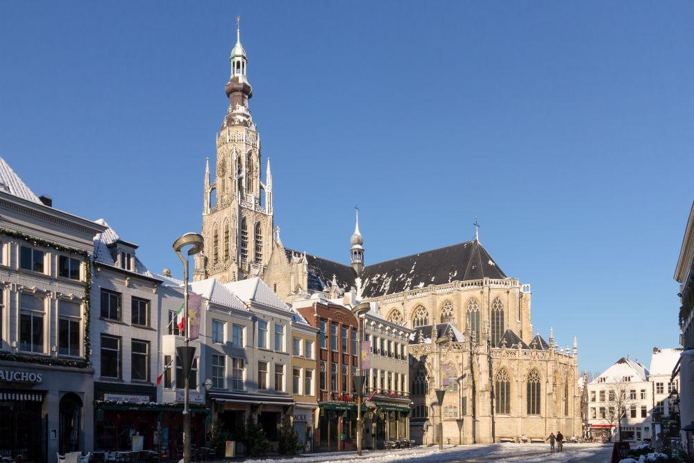 Bevrijdingstaferelen Grote Kerk Breda