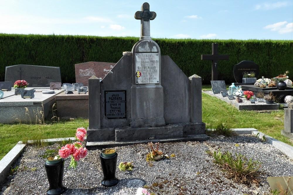 Belgisch Oorlogsgraf Bougnimont