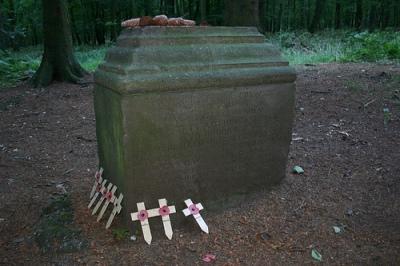 Monument Neergestorte Halifax Bommenwerper