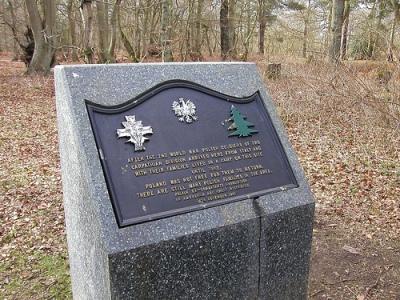 Memorial Polish Camp Hodgemoor Wood