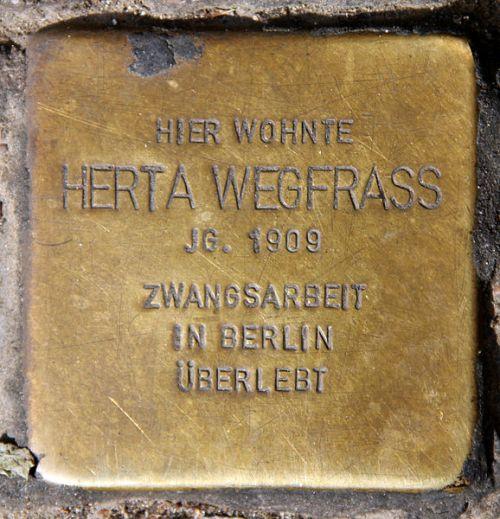 Stolpersteine Weitlingstraße 24
