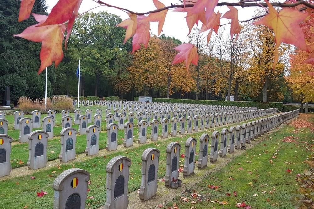 Belgische Oorlogsgraven Begraafplaats Schoonselhof