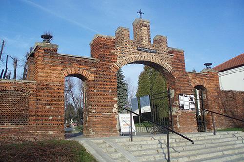Poolse Oorlogsgraven Cmentarz Komunalny Pobitno