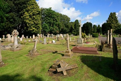 Oorlogsgraven van het Gemenebest Ringwood Cemetery