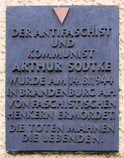 Plaque Arthur Sodtke