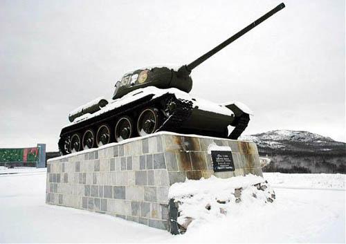 T-34/85 Tank Pechenga