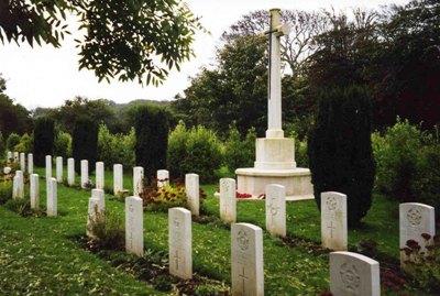 Oorlogsgraven van het Gemenebest Illogan Churchyard