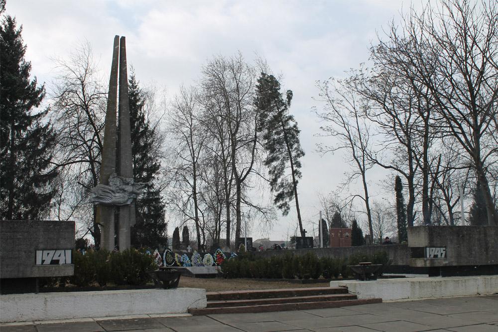 Massagraf Sovjet Soldaten Chernivtsi